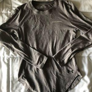 Under Armour Long Sleeved Grey Shirt